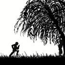 伝説の柳の木の下で結ばれたカップルは永遠に幸せになれる